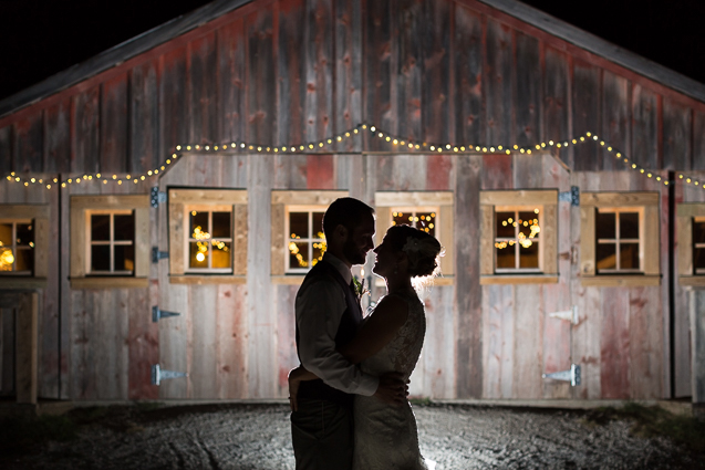 Rachel And Aaron S Perfect Fall Wedding At Weston Red Barn