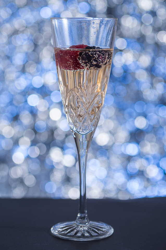 mystik catering champagne with raspberry and blackberry - kansas city food photographer - www.anthem-photo.com - 008