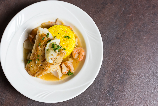 mystik catering lemon fish with shrimp and rice - kansas city food photographer - www.anthem-photo.com - 006