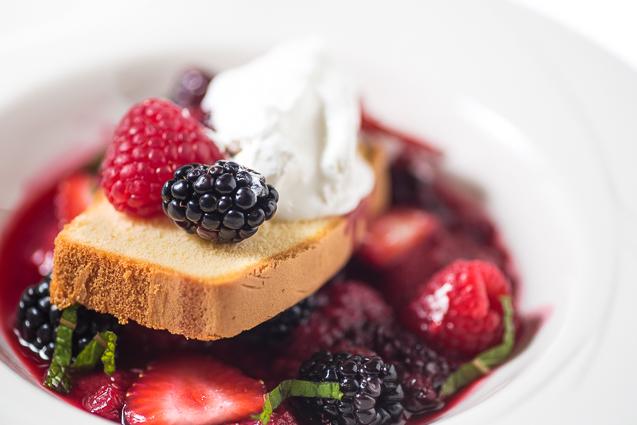 mystik catering mixed berry sponge cake with whipped cream - kansas city food photographer - www.anthem-photo.com - 010