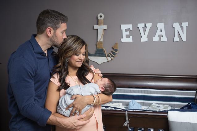 Evan Mills- - Kansas City Lifestyle Photographer | In-Home Newborn Session | www.anthem-photo.com | Anthem Photography Jaime Russell - www.anthem-photo.com - 005