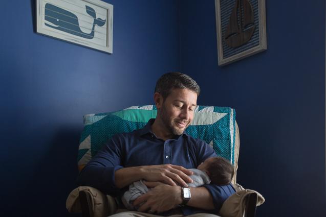 Evan Mills- - Kansas City Lifestyle Photographer | In-Home Newborn Session | www.anthem-photo.com | Anthem Photography Jaime Russell - www.anthem-photo.com - 006