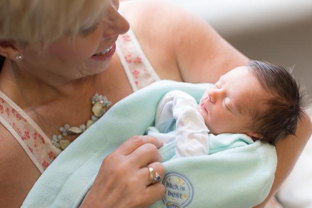 Evan newborn in hospital- - - www.anthem-photo.com - 002