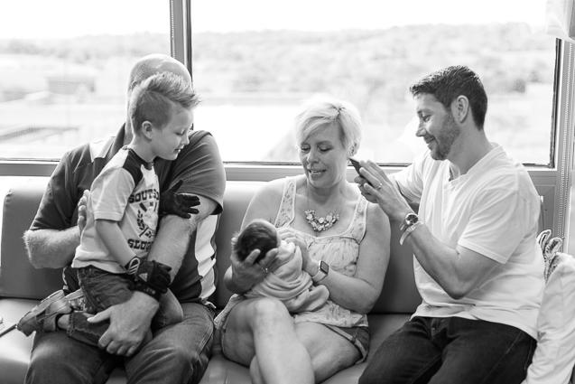 Evan newborn in hospital- - - www.anthem-photo.com - 006